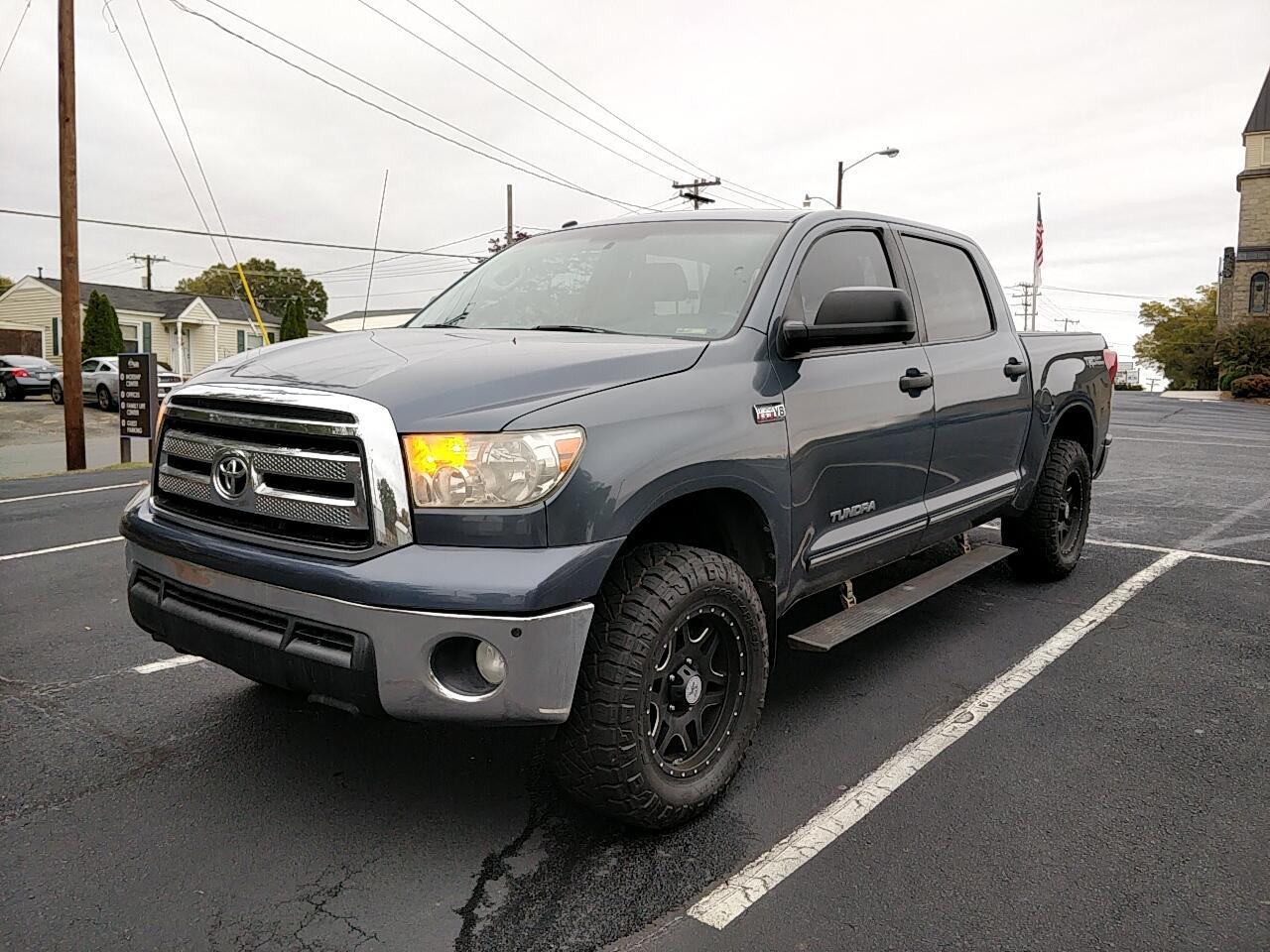 2010 Toyota Tundra Tundra-Grade CrewMax 5.7L 2WD