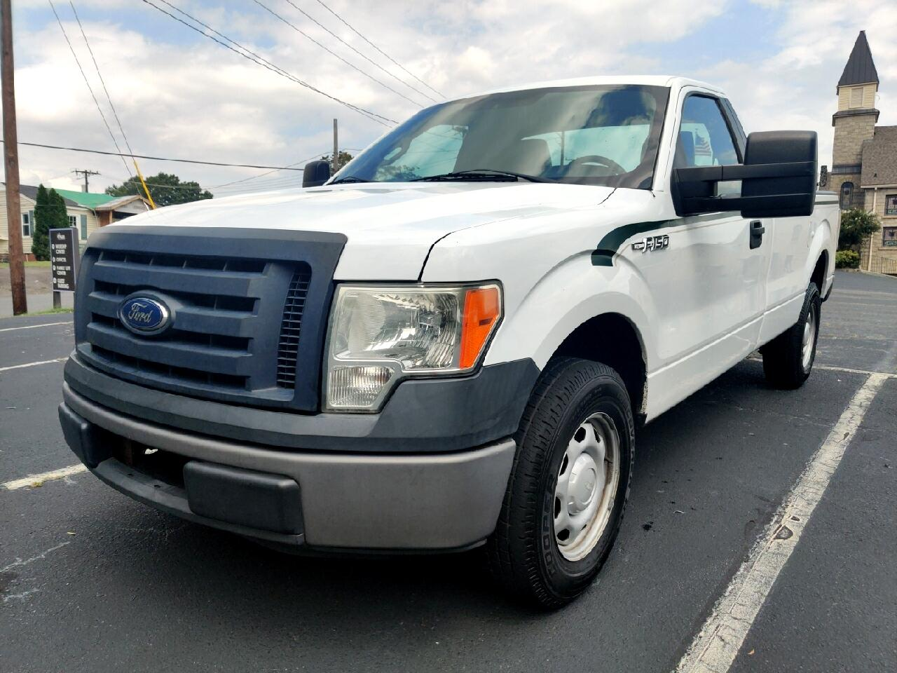 Ford F-150 XL 8-ft. Bed 2WD 2011