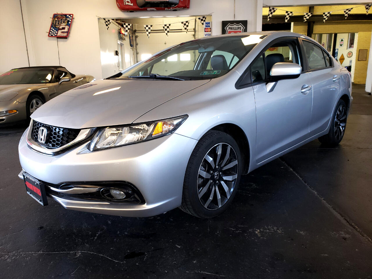 Honda Civic EX-L Sedan AT with Navigation 2015