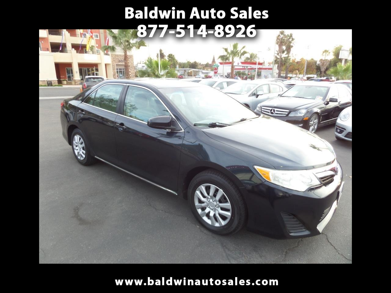 2014 Toyota Camry 2014.5 4dr Sdn I4 Auto LE (Natl)