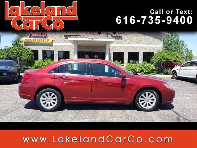 2013 Chrysler 200 4dr Sdn Touring