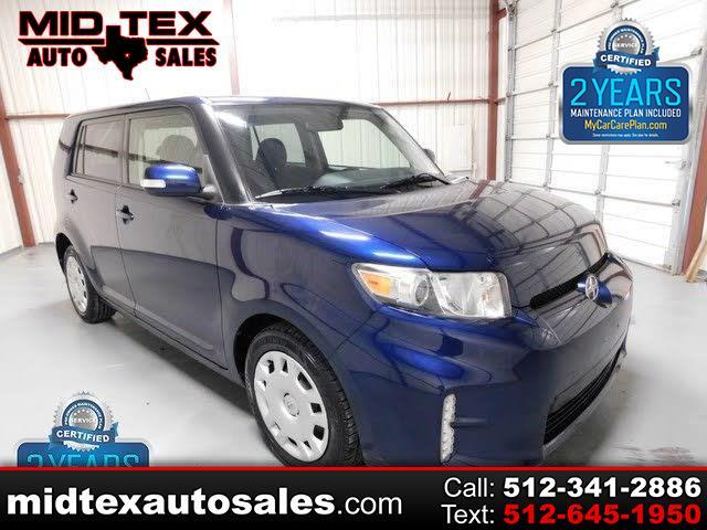 Scion xB 5-Door Wagon 5-Spd MT 2014