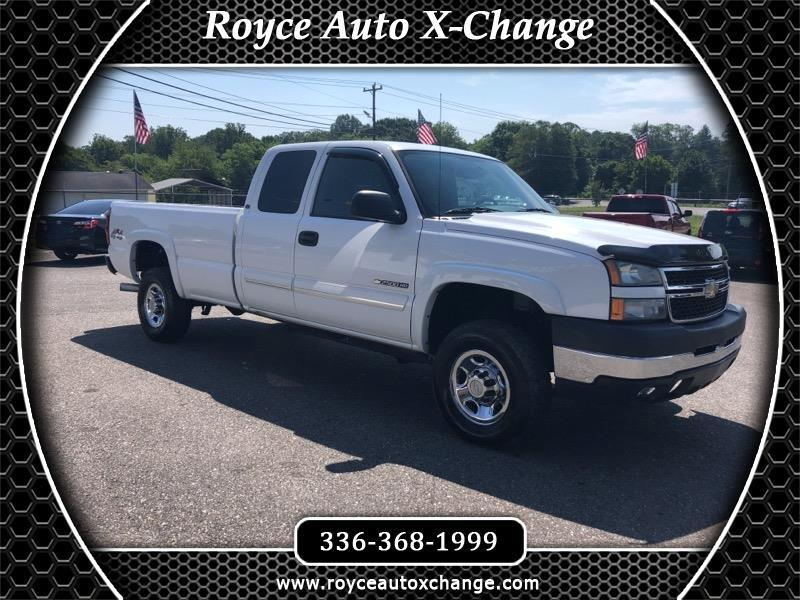 2007 Chevrolet Silverado Classic 2500HD LT1 Ext. Cab Long Box 4WD