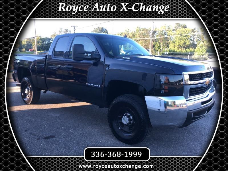 2009 Chevrolet Silverado 2500HD Work Truck Ext. Cab Std. Box 4WD
