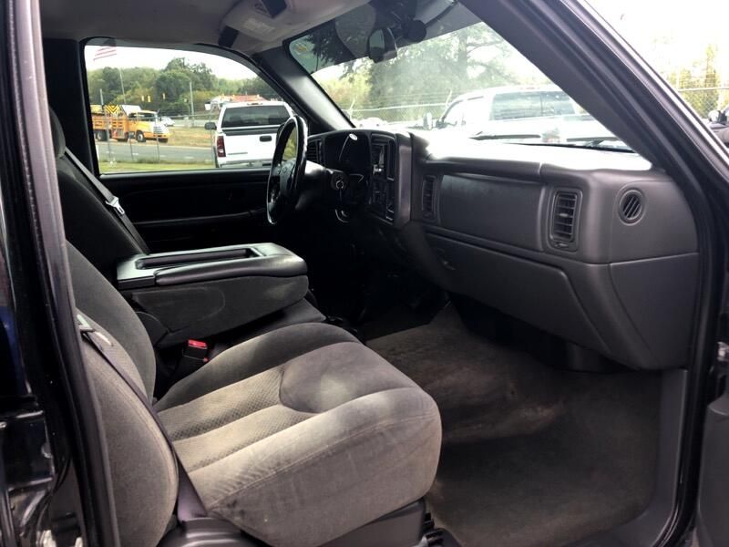 Chevrolet Silverado 2500HD LS Crew Cab 4WD 2004