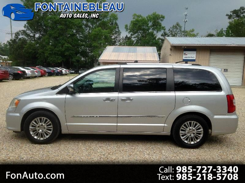 Chrysler Town & Country Limited 2012