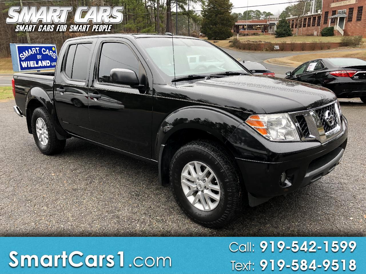 2016 Nissan Frontier SV Crew Cab 4WD with a Sunroof