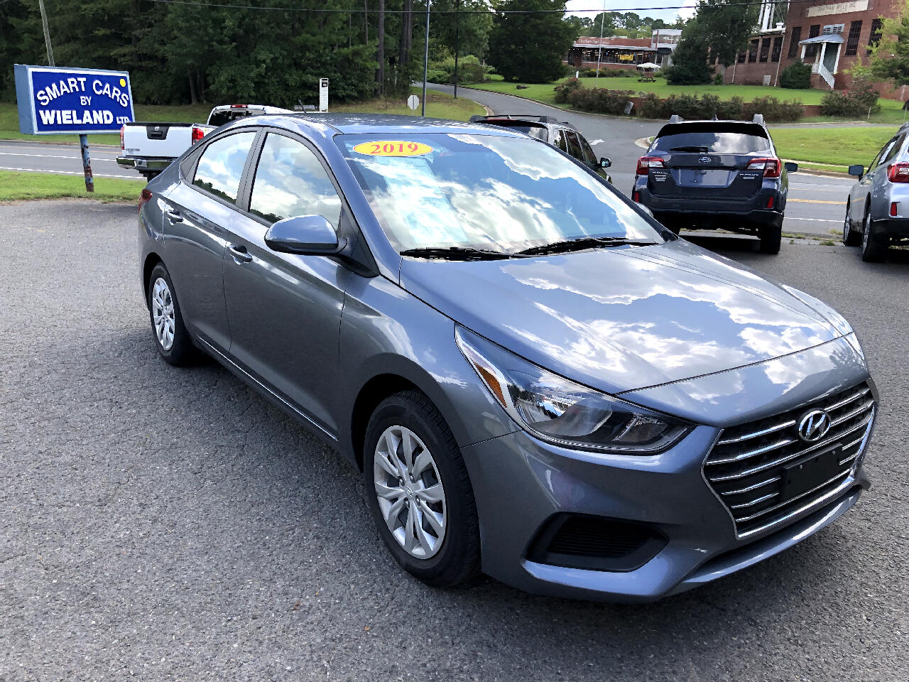 Hyundai Accent SEL 4-Door 6A 2019