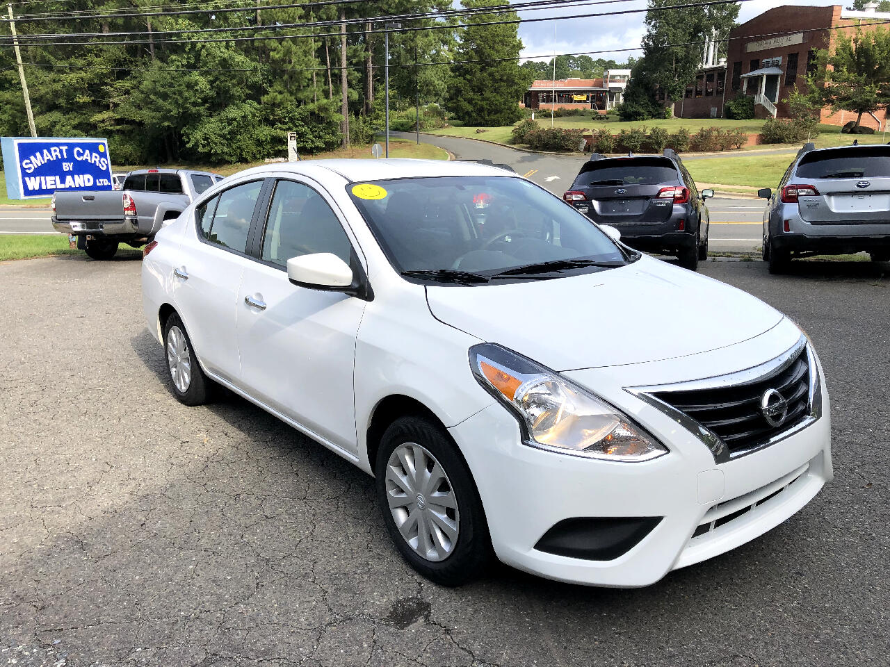 Nissan Versa 1.6 SV Sedan 2017