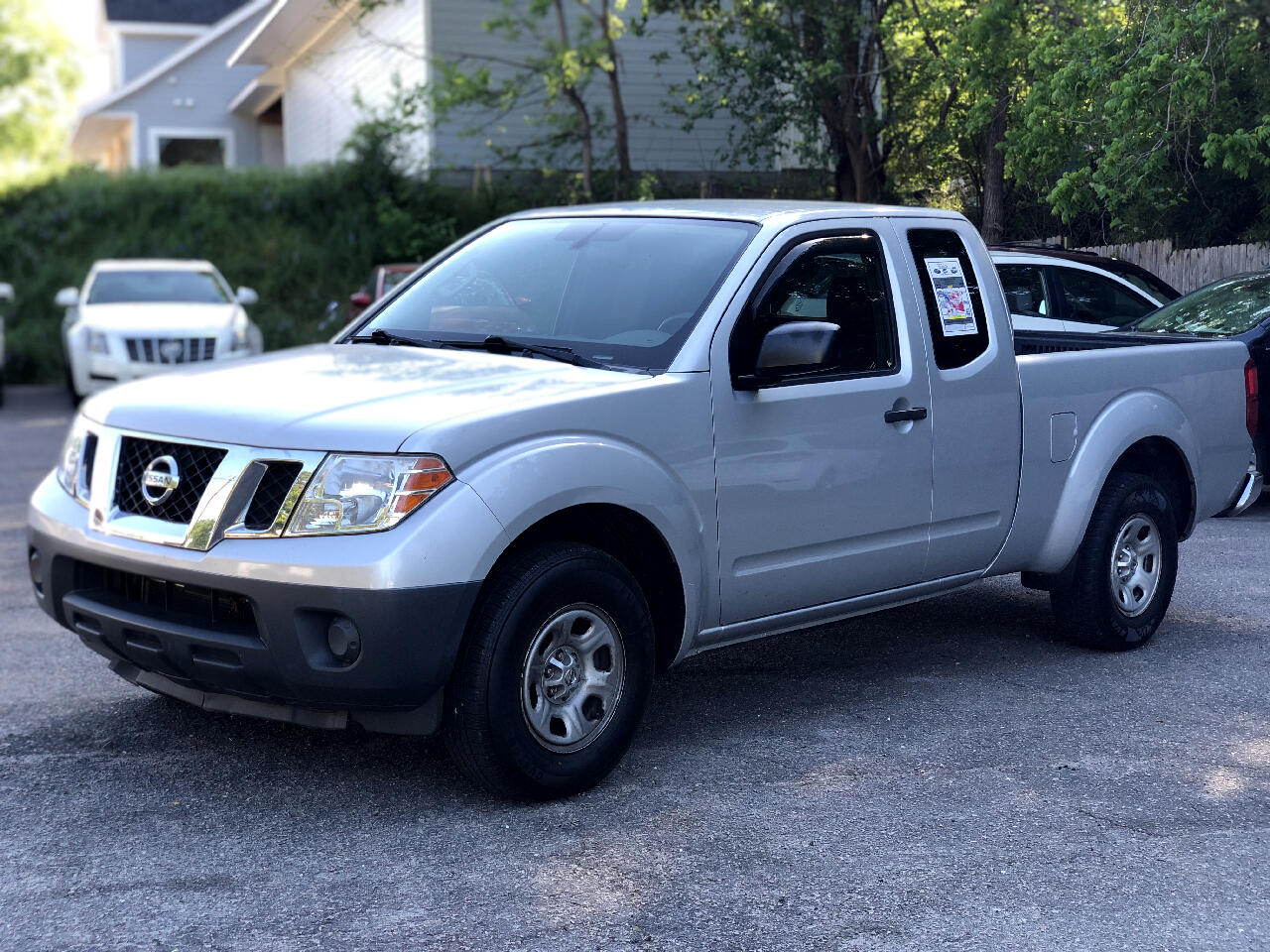 Nissan Frontier 2WD King Cab I4 Auto S 2012