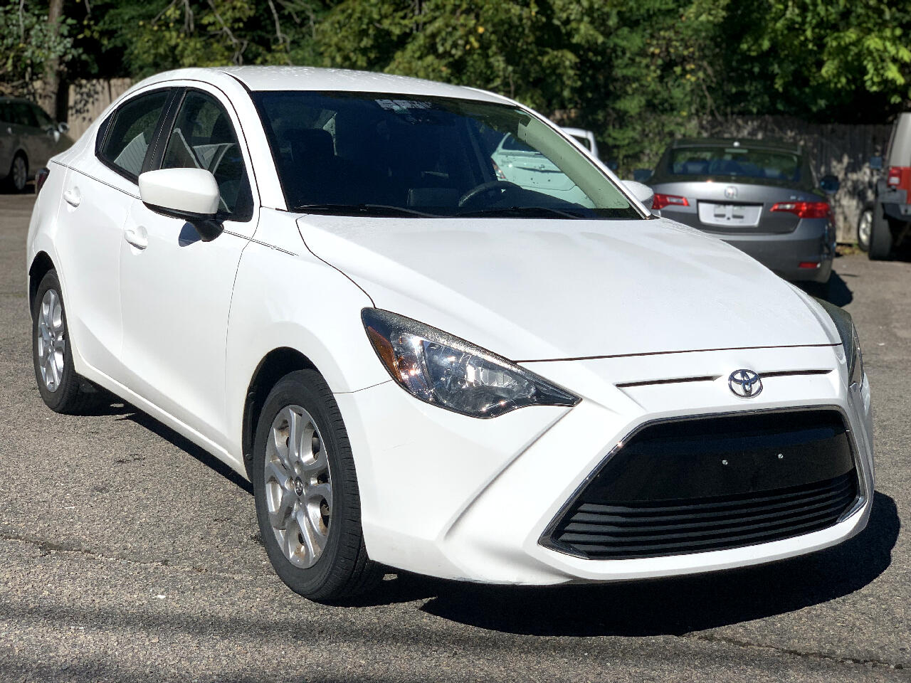 Toyota Yaris iA Auto (Natl) 2018