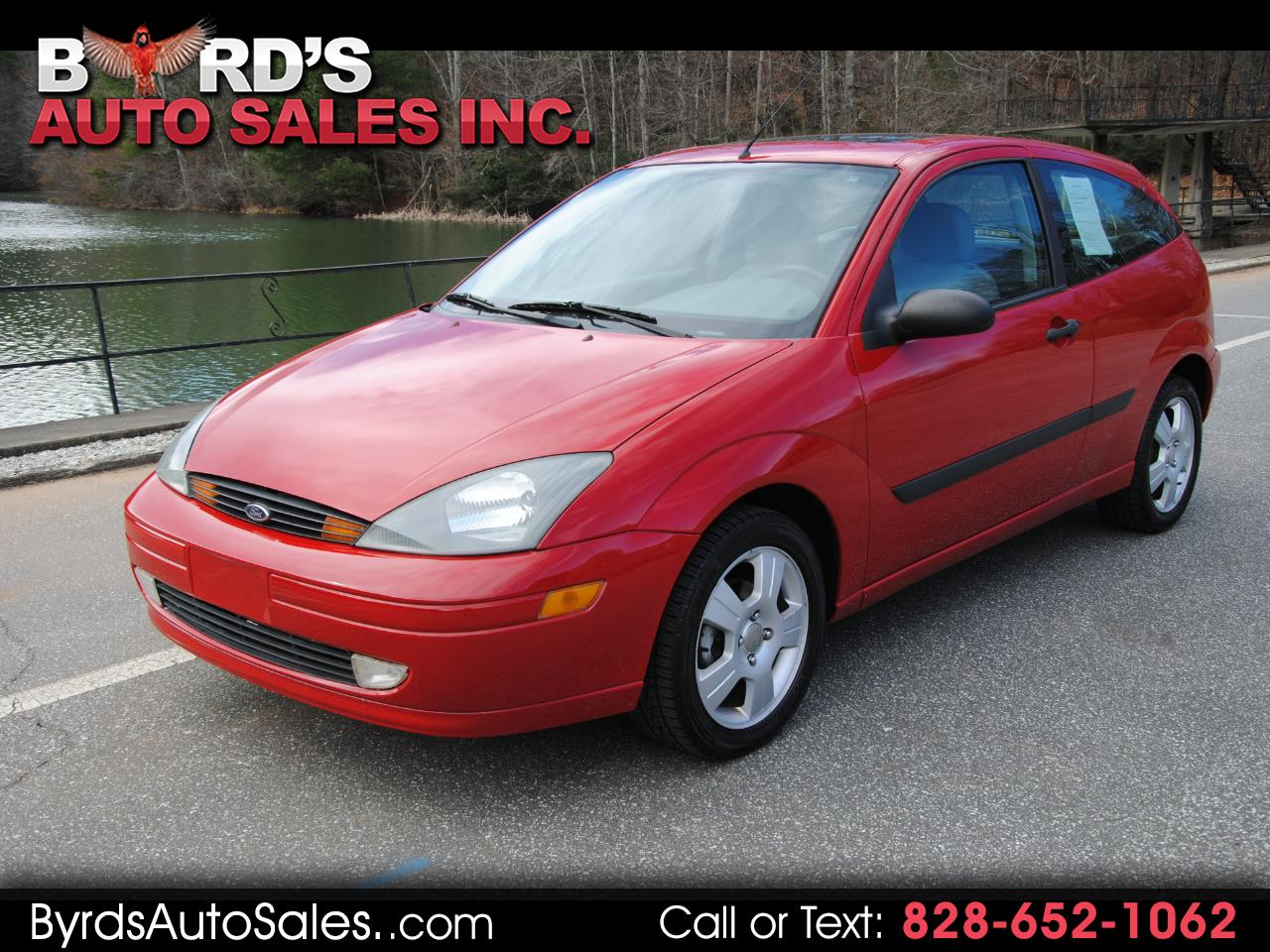 2004 Ford Focus 3dr Cpe ZX3 Base
