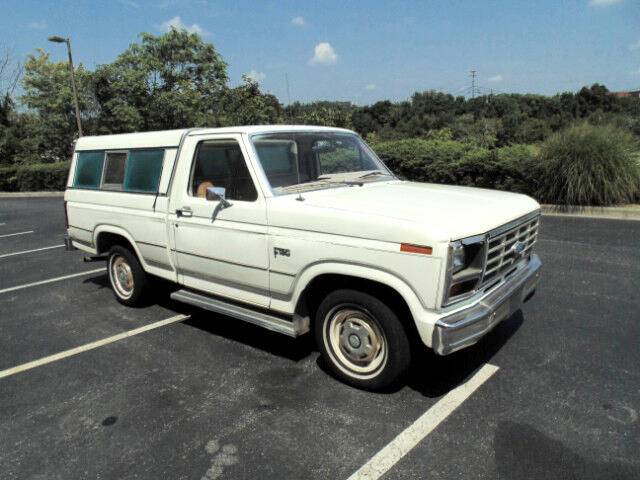 1984 Ford F-150 Regular Cab 2WD