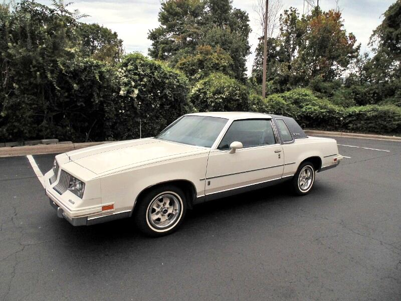 Oldsmobile Cutlass Supreme Brougham 1984