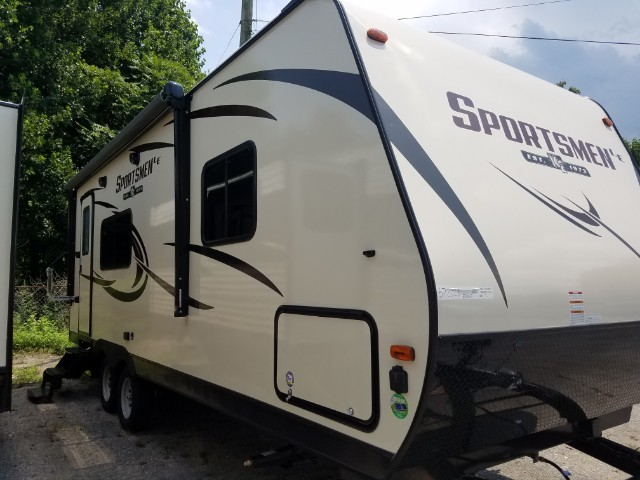 2018 KZ Recreational Vehicles Sportsmen 231RKLE
