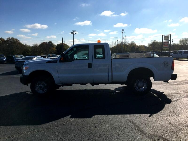 "Ford Super Duty F-250 SRW 4WD SuperCab 142"" XL 2011"