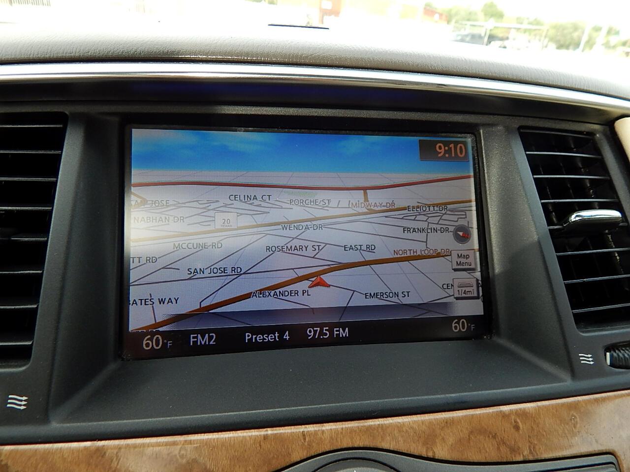 2011 Infiniti QX56 2WD