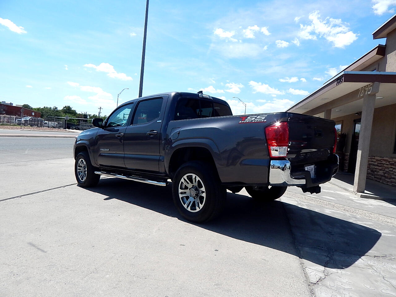 2016 Toyota Tacoma SR5 Double Cab Short Bed V6 6AT 2WD
