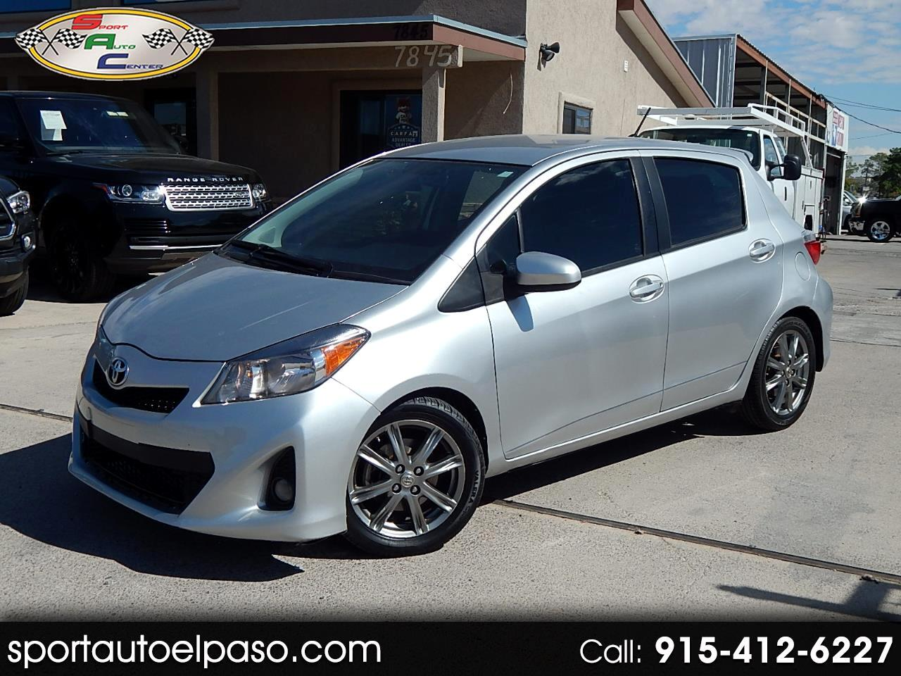 2014 Toyota Yaris SE 5-Door AT
