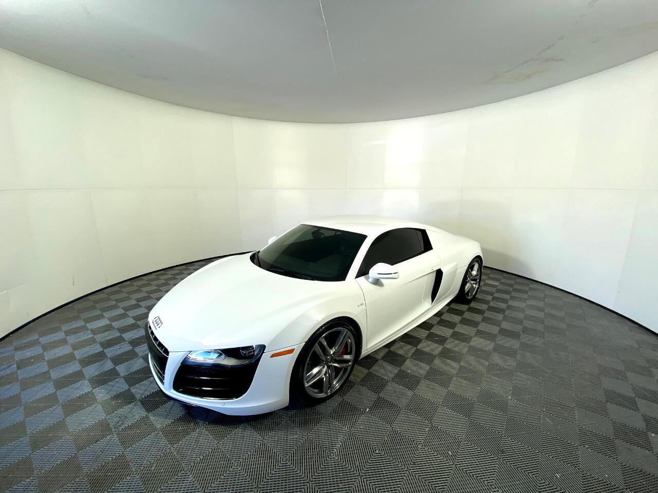Audi R8 2dr Cpe Man quattro 5.2L 2012