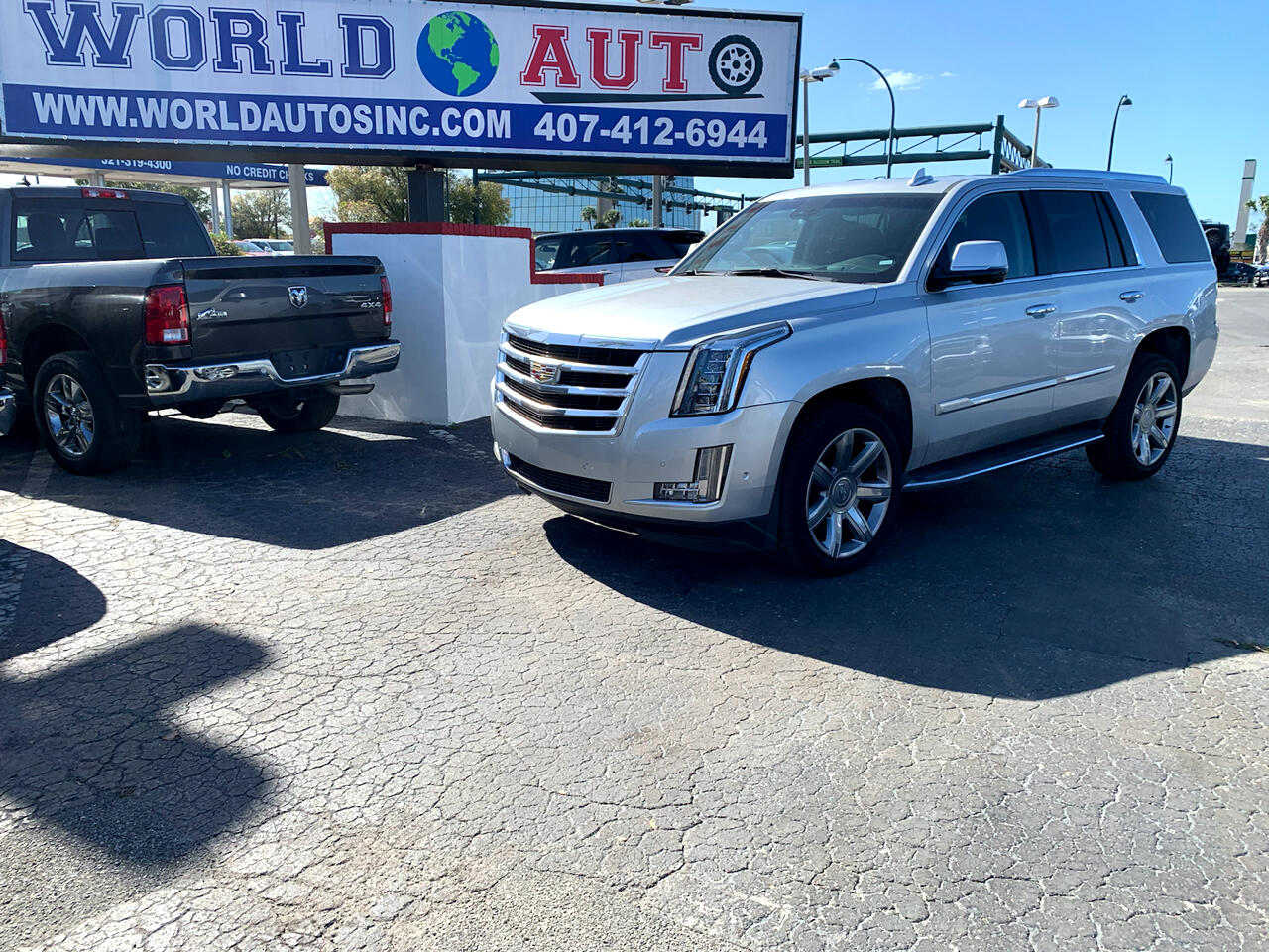 Cadillac Escalade Luxury 2WD 2020