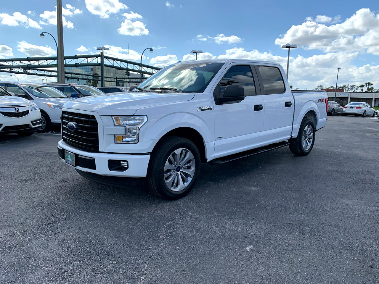 Ford F-150 Lariat SuperCrew 5.5-ft. Bed 2WD 2017