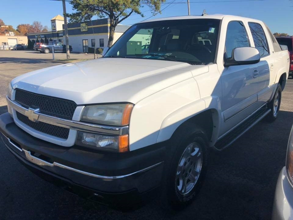 """2006 Chevrolet Avalanche 1500 5dr Crew Cab 130"""" WB 4WD Z71"""