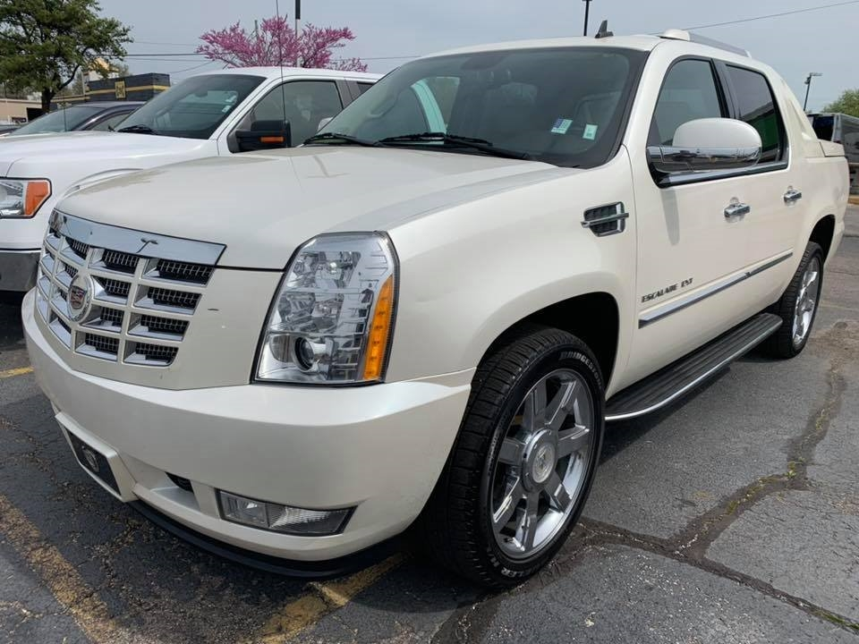 2010 Cadillac Escalade EXT AWD 4dr Luxury