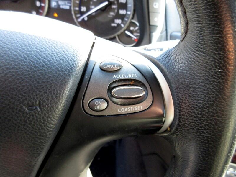 2015 Infiniti Q70 3.7 AWD