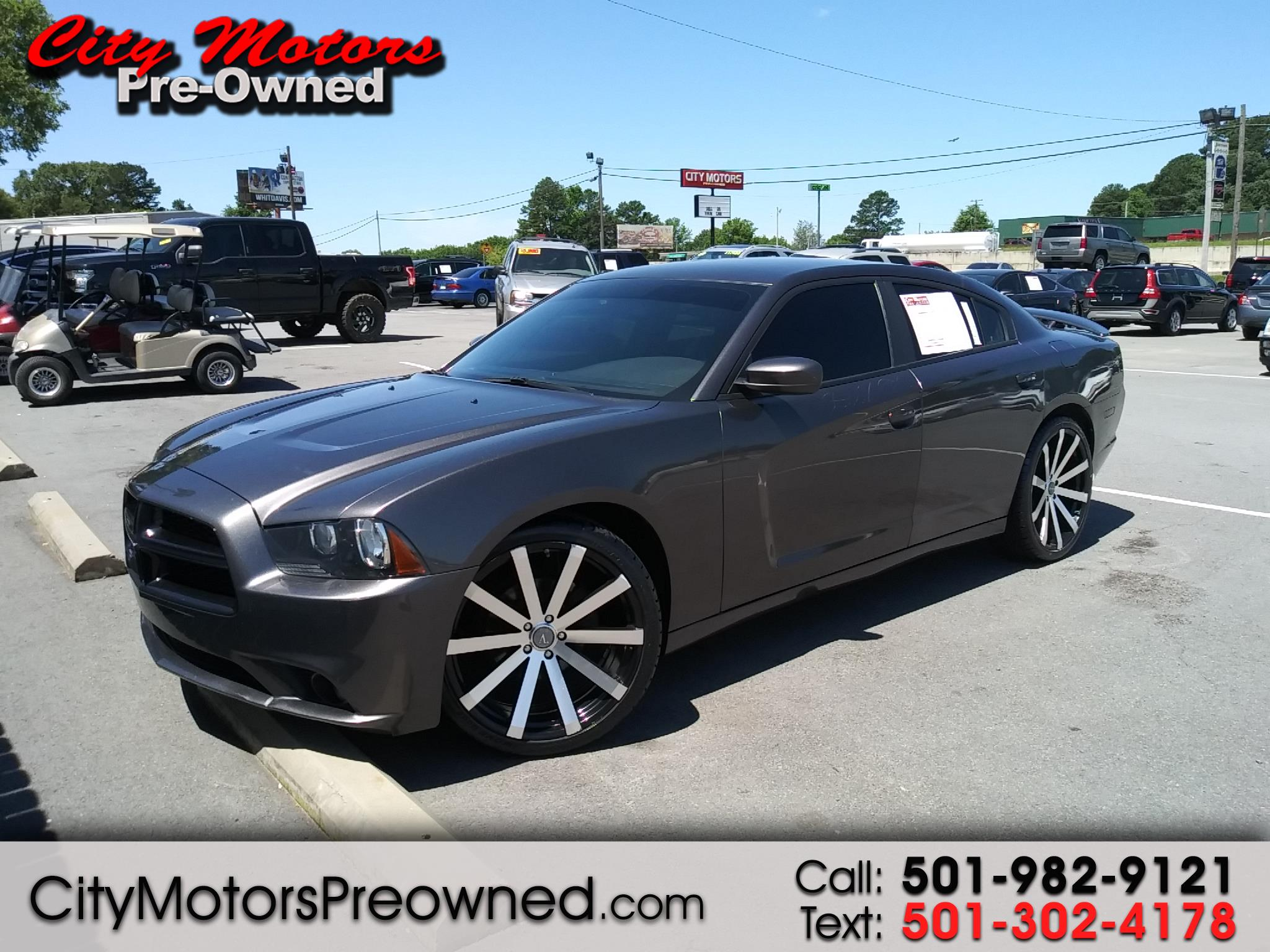 2013 Dodge Charger 4dr Sdn SXT RWD