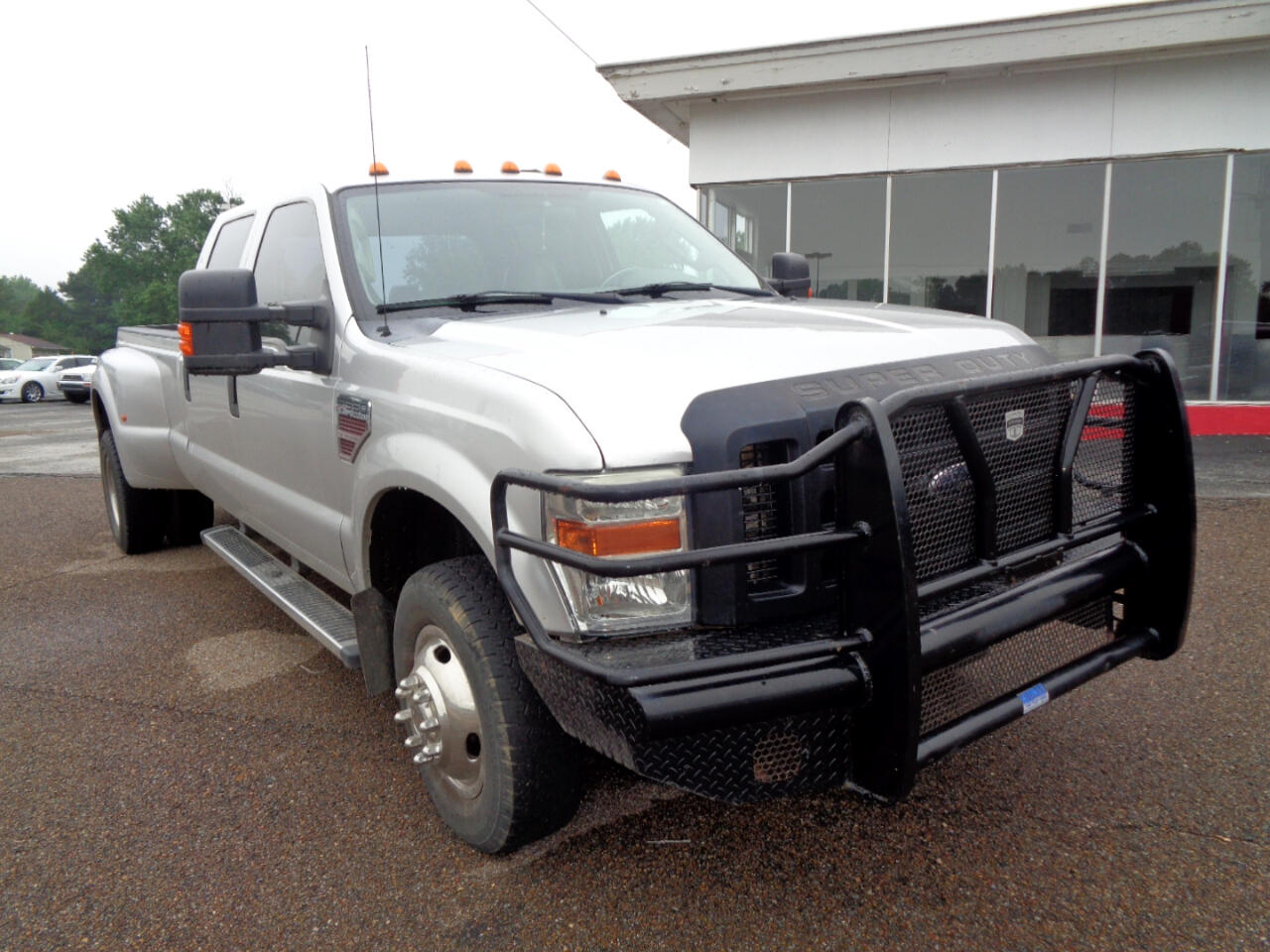 "2010 Ford Super Duty F-350 DRW 4WD Crew Cab 172"" King Ranch"