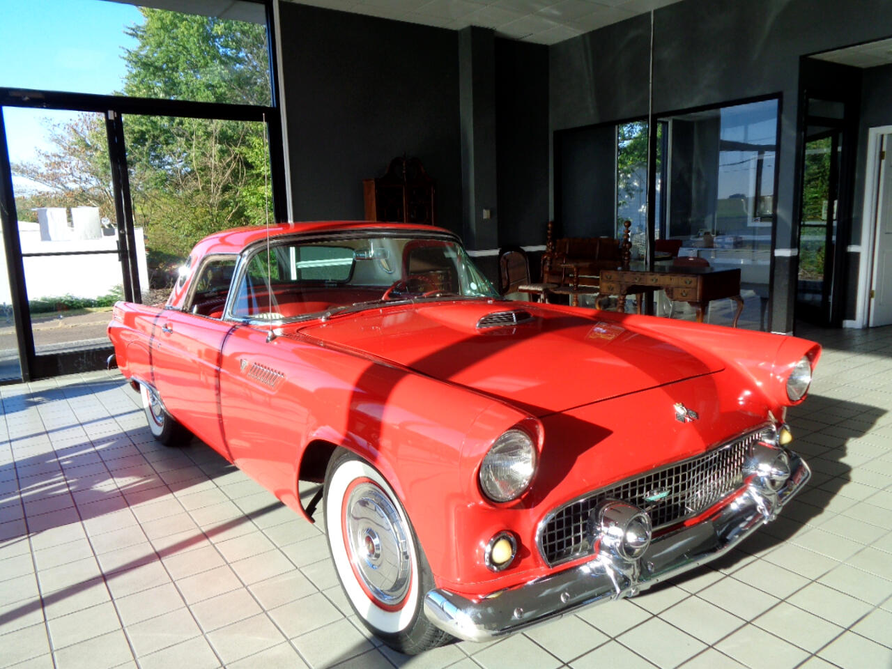 Ford Thunderbird Deluxe with removable top 1956