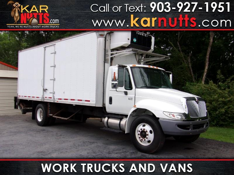 2005 International 4200 BOX TRUCK
