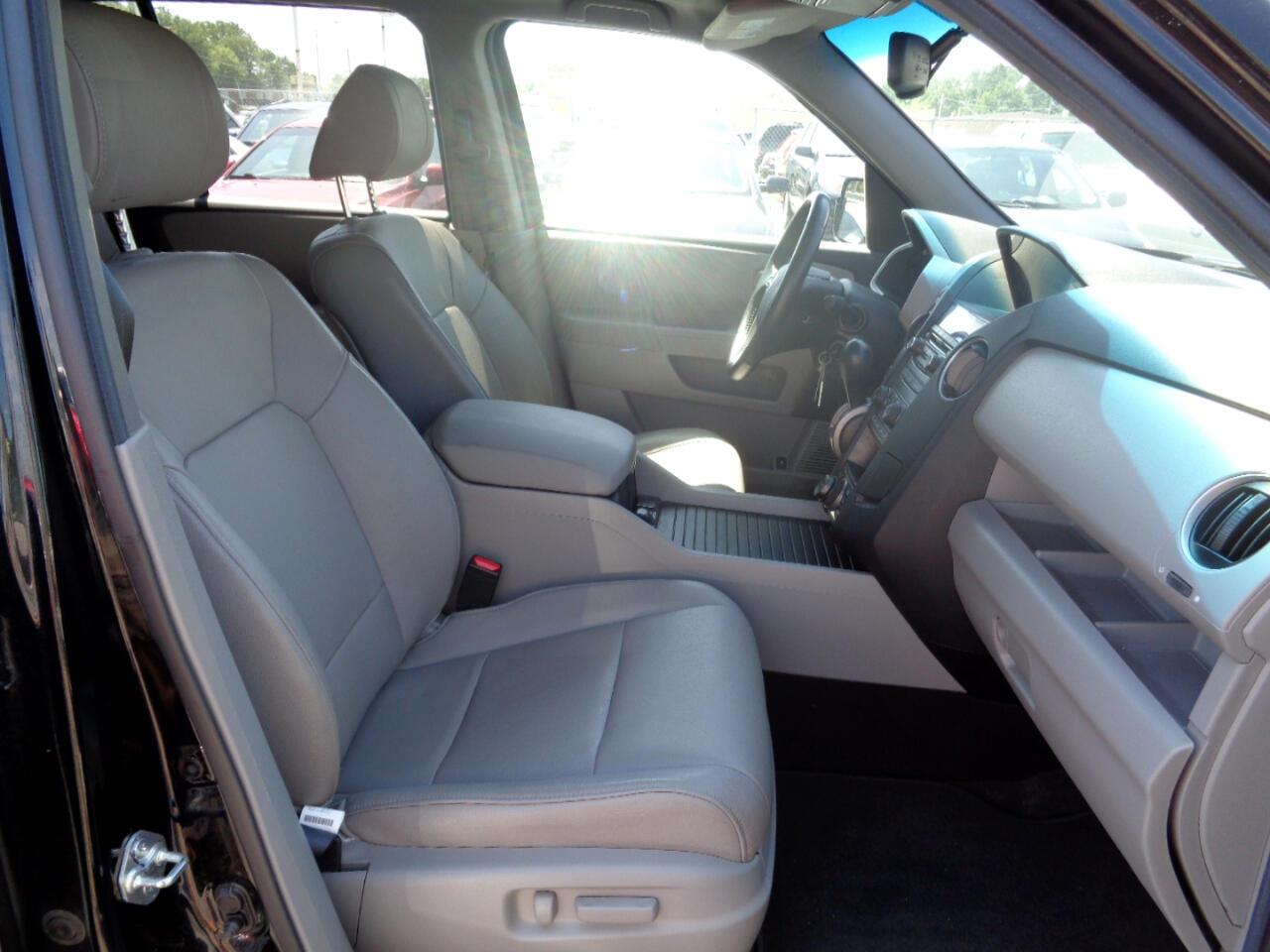 Honda Pilot EX-L 4WD 5-Spd AT with Navigation 2013