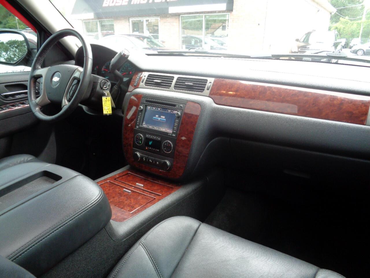 Chevrolet Tahoe LTZ 4WD 2010