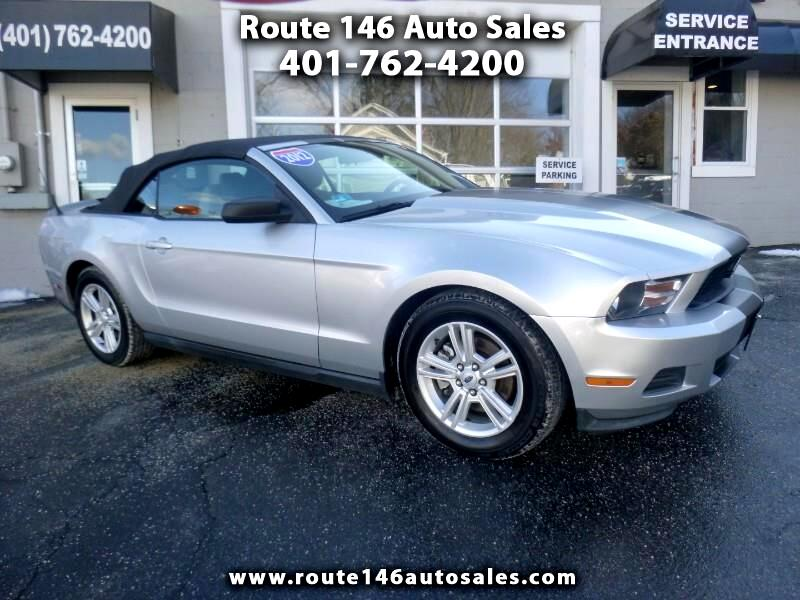 Ford Mustang V6 Convertible 2012