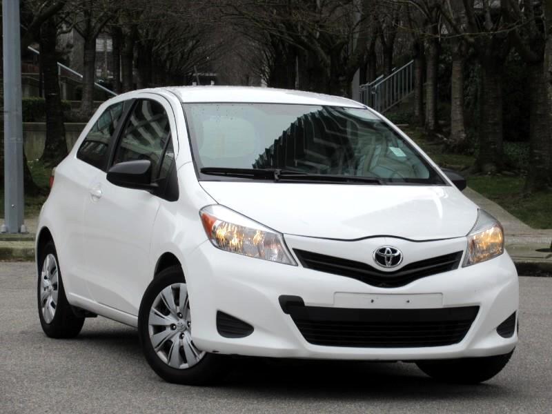2012 Toyota Yaris L 3-Door AT