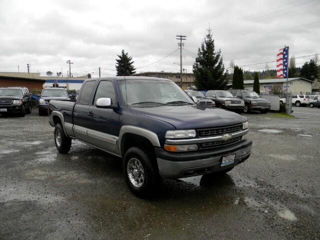 2001 Chevrolet Silverado 2500 LS Ext. Cab 4WD