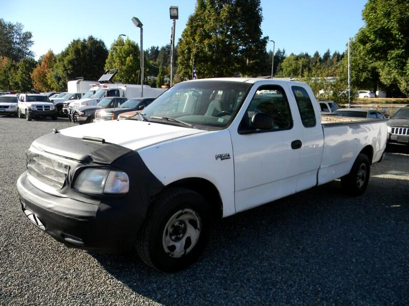 2000 Ford F-150 XL SuperCab Short Bed 2WD