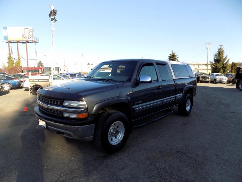 1999 Chevrolet Silverado 2500 LS Ext. Cab Short Bed 4WD