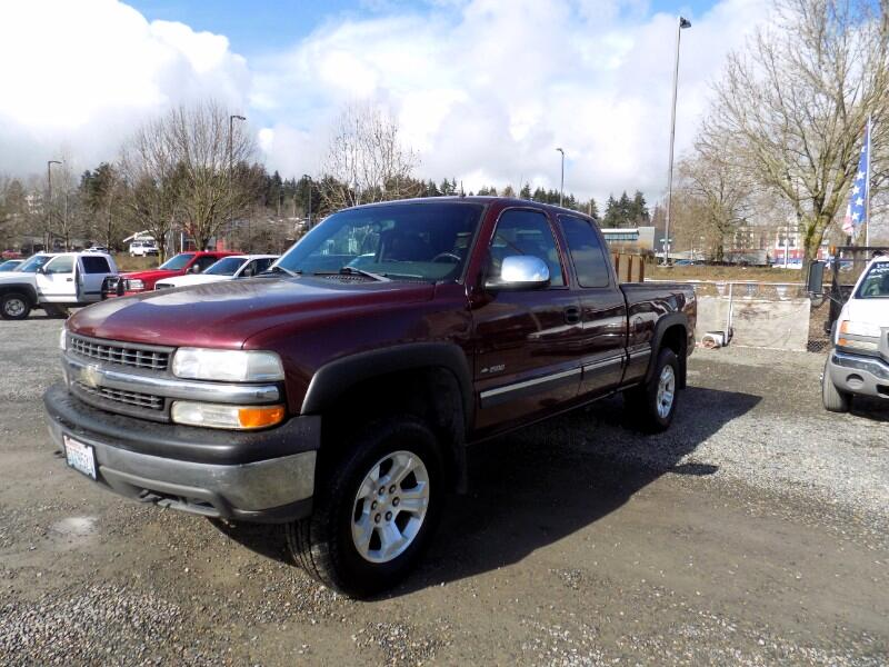 2001 Chevrolet Silverado 1500 Ext. Cab Short Bed 4WD