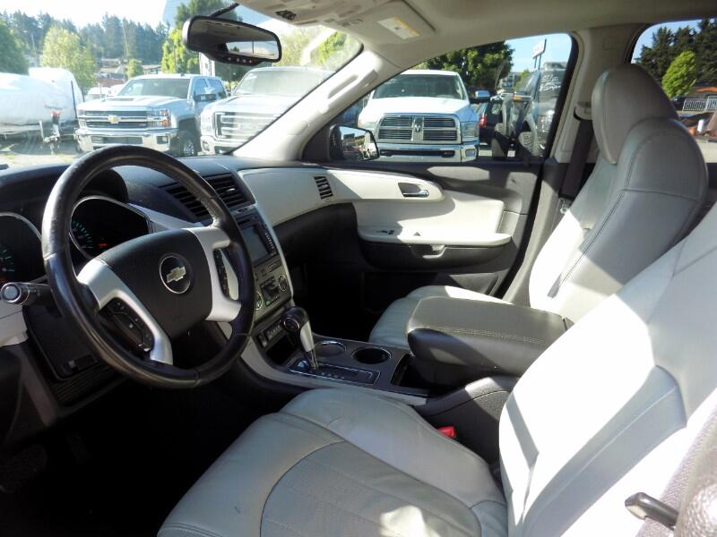 2009 Chevrolet Traverse LTZ FWD