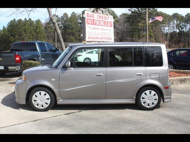 2006 Scion xB Wagon