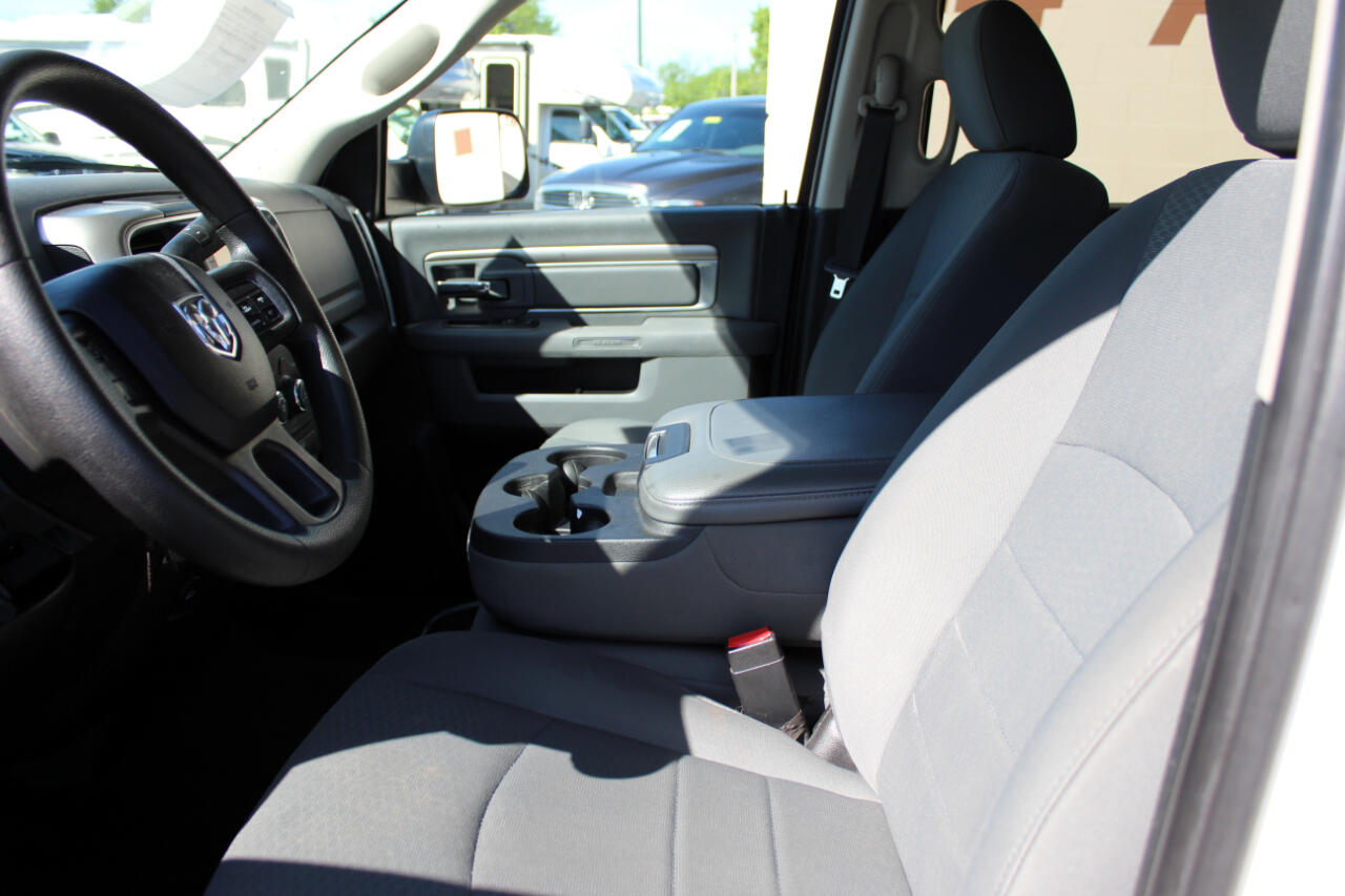 RAM 3500 SLT Crew Cab SWB 4WD 2015