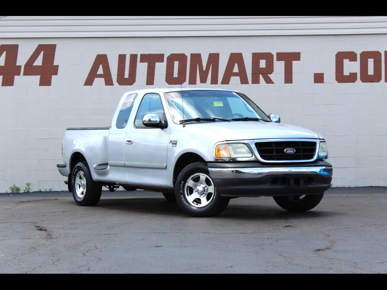 Ford F-150 XL SuperCab Flareside 2WD 2002