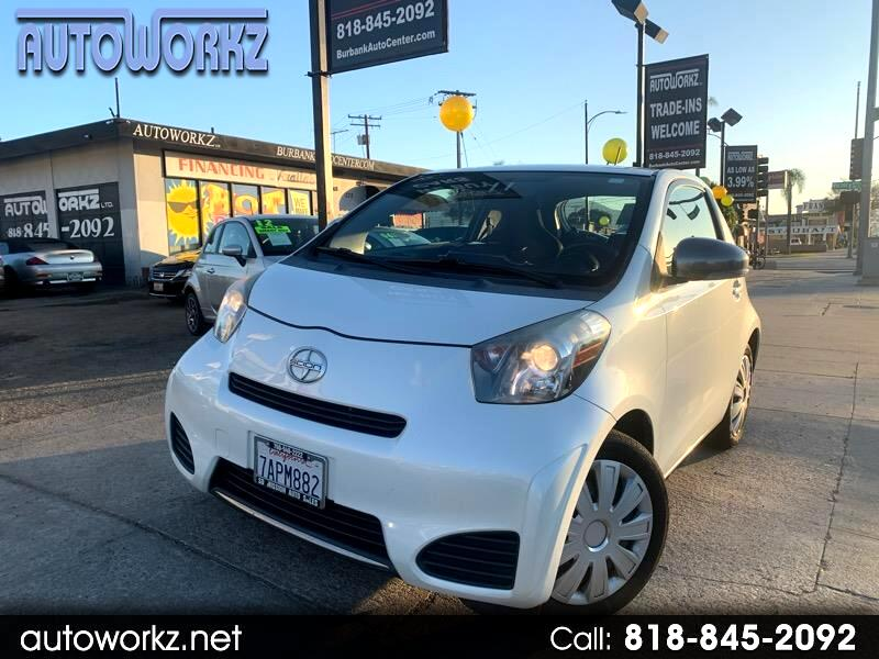 Scion iQ 3-Door Hatchback AT 2013