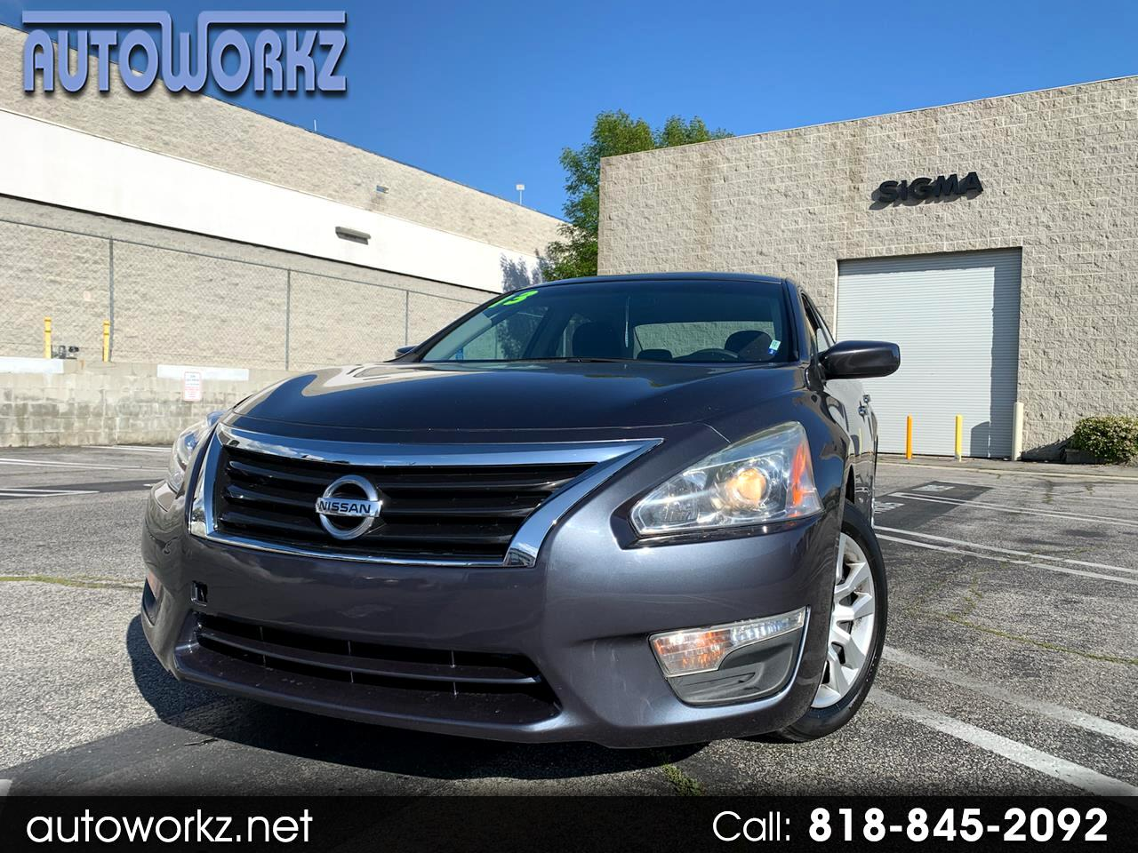 Nissan ALTIMA/S/S 4dr Sdn I4 2.5 S 2013