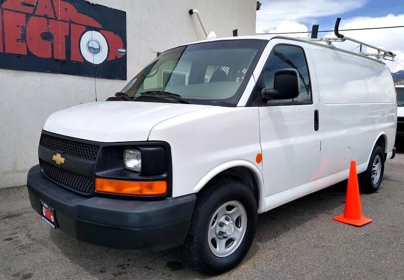 "2005 Chevrolet Express Cargo Van 1500 135"" WB RWD"