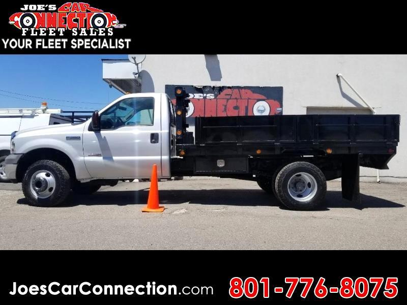 2005 Ford Super Duty F-350 DRW Reg Cab 141