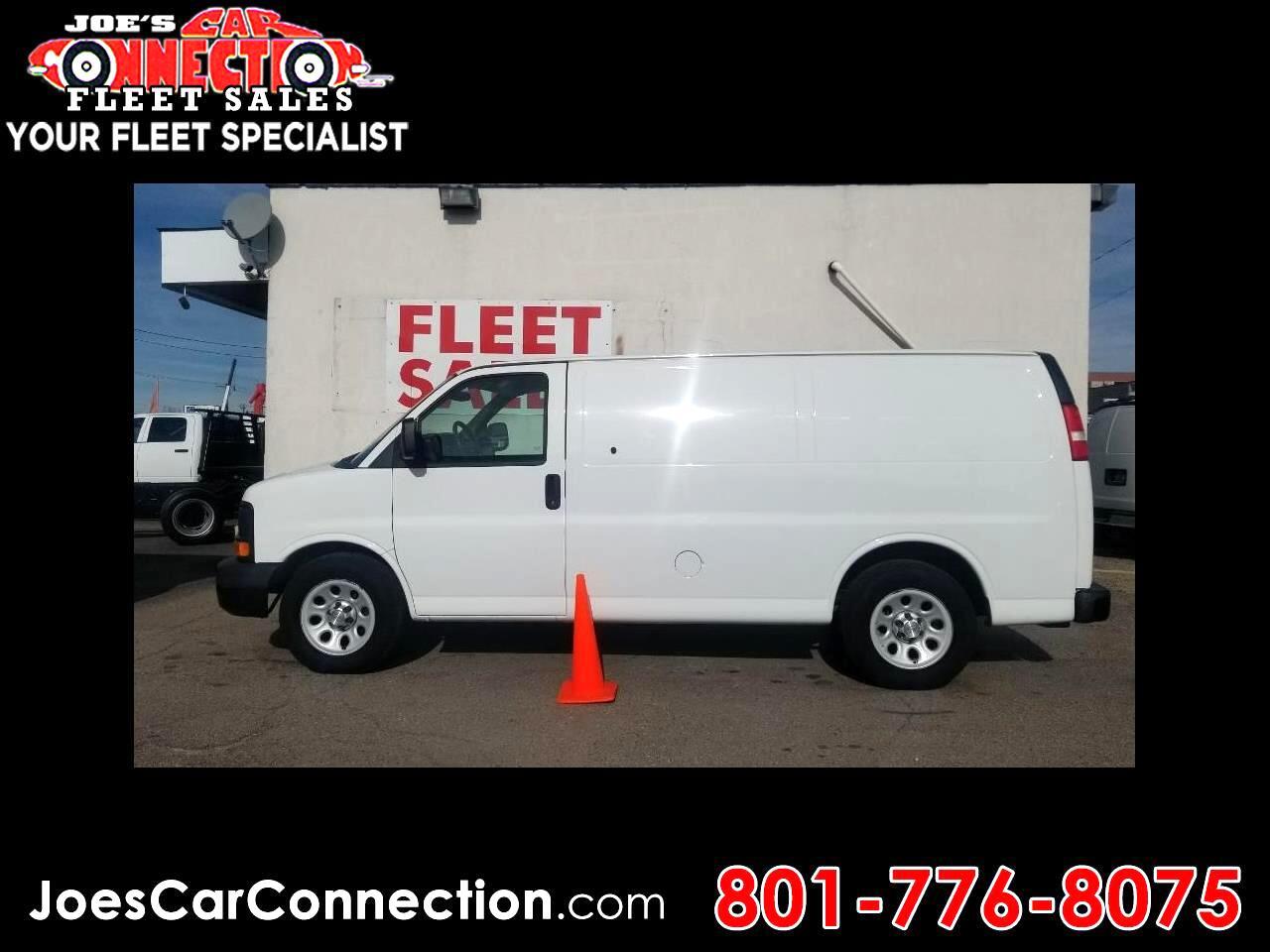 "Chevrolet Express Cargo Van AWD 1500 135"" 2011"